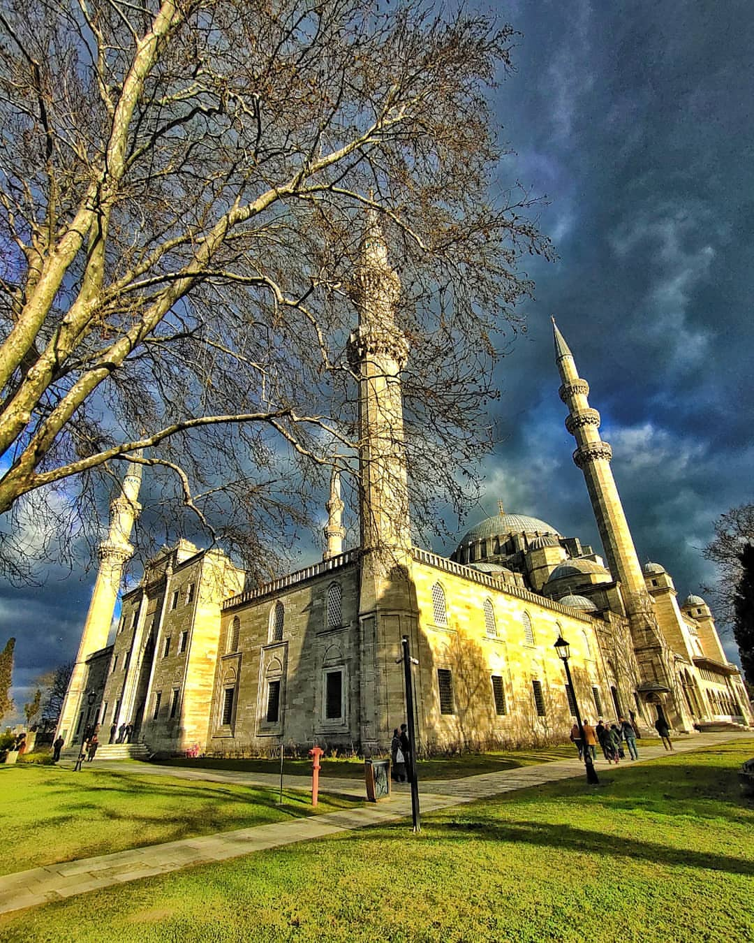 Where is Suleymaniye Mosque